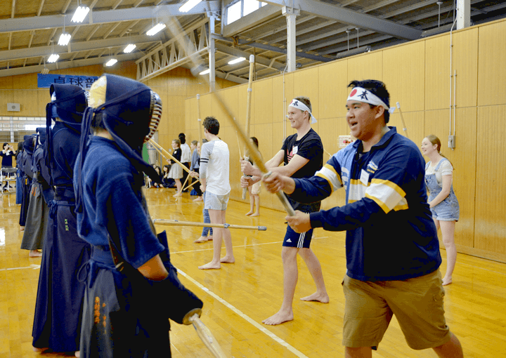 Joining in on club activities (kendo)